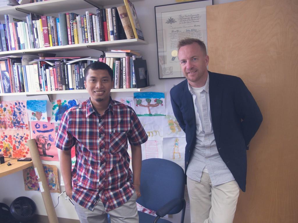 John Sifton (kanan) Direktur Advokasi Asia, HRW.